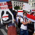 Bielorussia, l'UE impone sanzioni economiche: colpiti petrolio, ed export tecnologico. Sospesi gli investimenti
