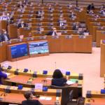 Vaccini anti-COVID, in Parlamento UE si chiede trasparenza. Commissione esortata a riferire