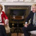 Brexit, dopo l'irrigidimento della Commissione domani colloquio tra von der Leyen e Johnson