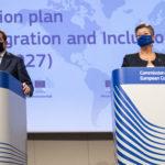 Migranti, fondi per istruzione, lavoro e sanità al centro del Piano per l'integrazione della Commissione UE