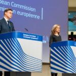 Vaccini anti Covid, l'esportazione fuori dall'UE dovrà essere autorizzata