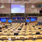 Via le gabbie dagli allevamenti, l'iniziativa dei cittadini approda al Parlamento UE. Bruxelles promette una legge entro il 2023