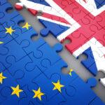 Brexit, l'UE accoglie la richiesta di Londra e sospende la procedura sul protocollo irlandese