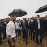 Raccolti a rischio cambiamento climatico, Macron annuncia un piano assicurativo da 600 milioni per gli agricoltori