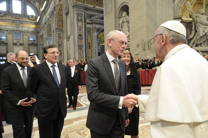 http://www.eunews.it/wp-content/uploads/2013/03/papa-Van-Rompuy.jpg