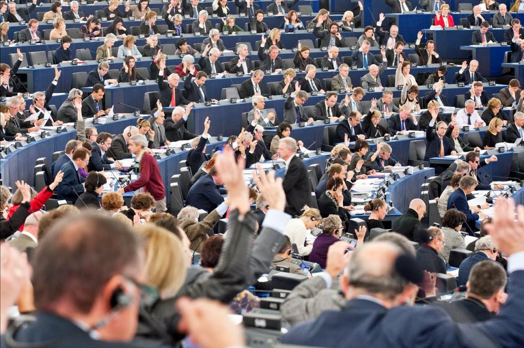 Parlamento vota