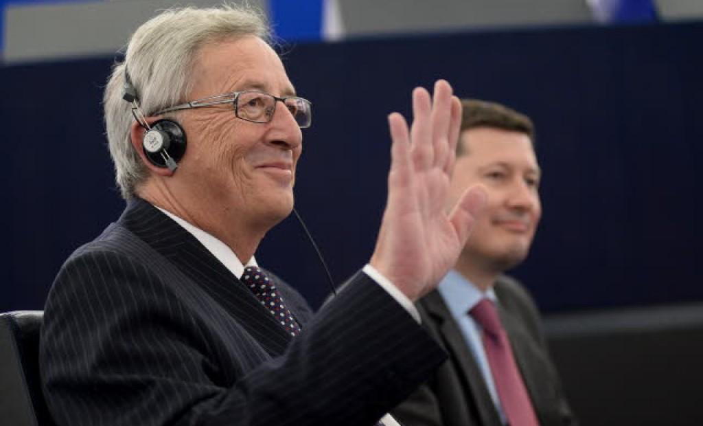 Juncker eletto