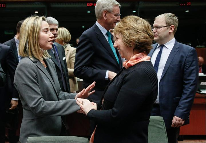 Federica Mogherini con Catherine Ashton