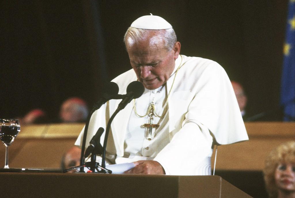 Giovanni Paolo II a Strasburgo