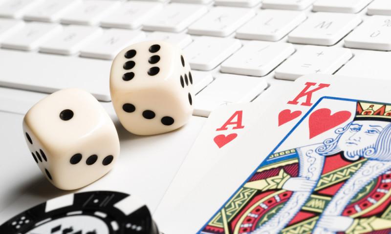 Gambling-on-line.jpg