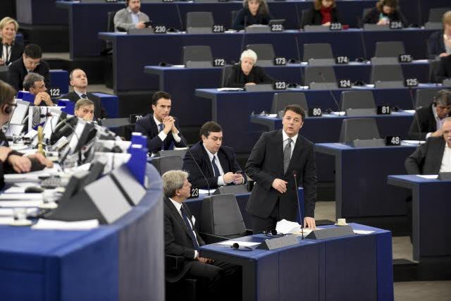 Renzi parla oggi a Strasburgo