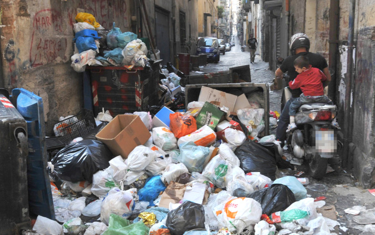 Rifiuti Napoli