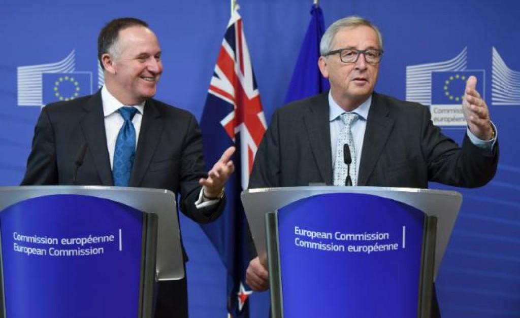 Il premier neozelandese John Key, e Jean-Claude Juncker - foto Commissione europea