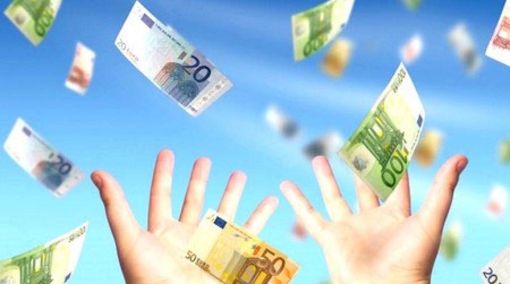 euro-soldi-buttati