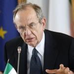 PADOAN SPRONA L'UE, TUTTI GLI STATI SOSTENGANO CRESCITA