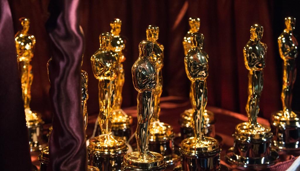 Oscars-statues-crop