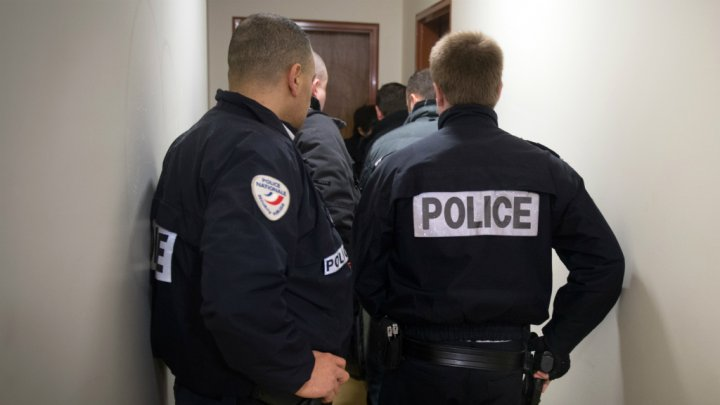 arresti, Parigi, terrorismo