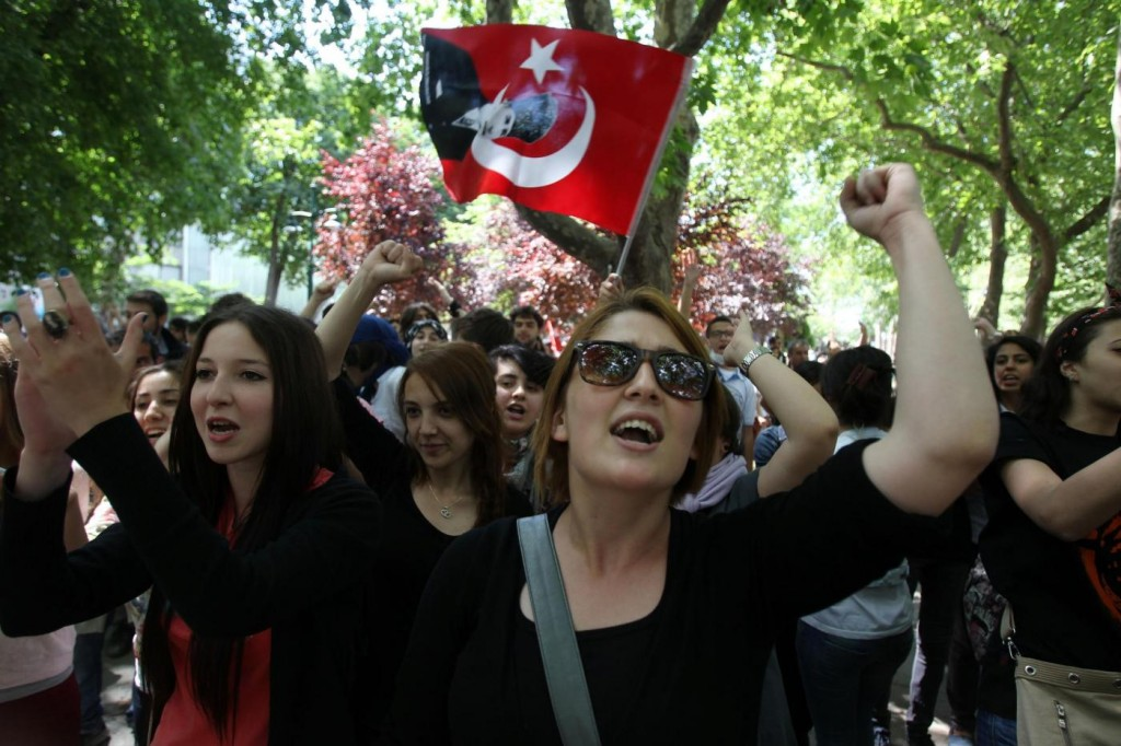 Continuano le proteste ad Istanbul, Turchia