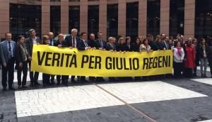 Una manifestazione dei deputati italiani a Strasburgo per chiedere Verità per Regeni
