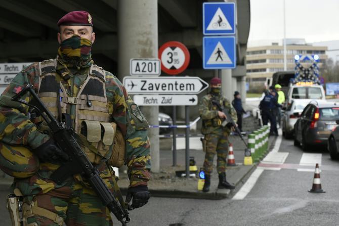 aeroporto bruxelles militari
