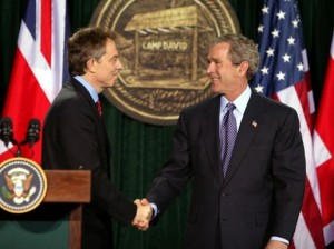 Tony Blair con George Bush