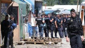 Polizia Calais Giungla