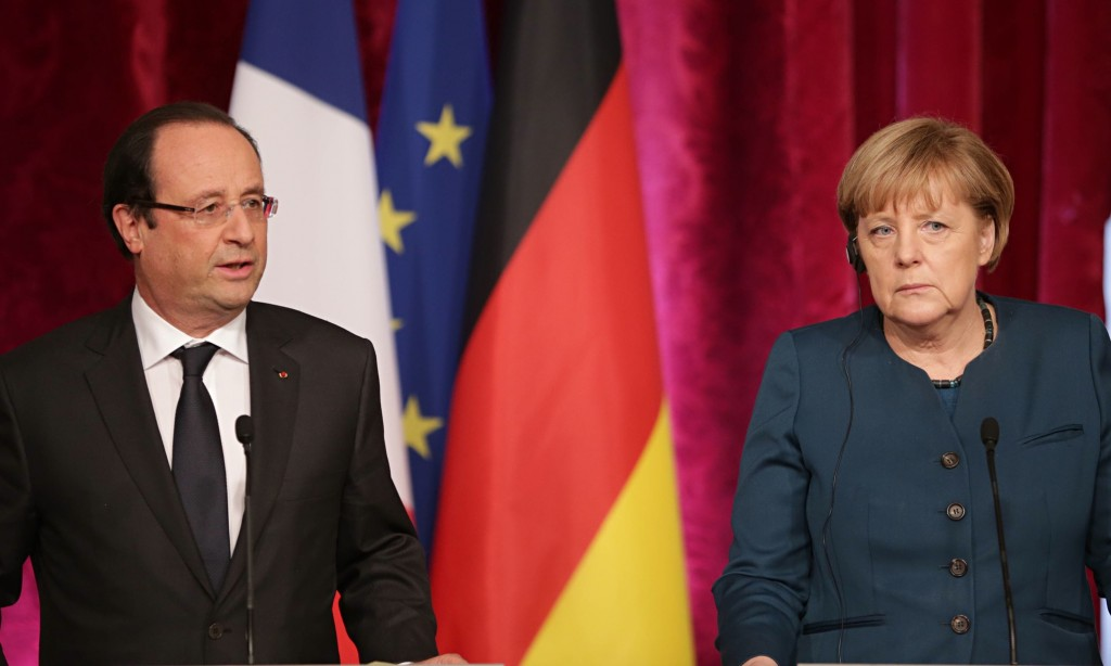 Da sinistra: Francois Hollande e Angela Merkel
