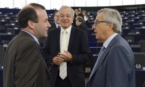 Weber, Lamassoure e Juncker in Aula - © European Union 2014 - Source EP