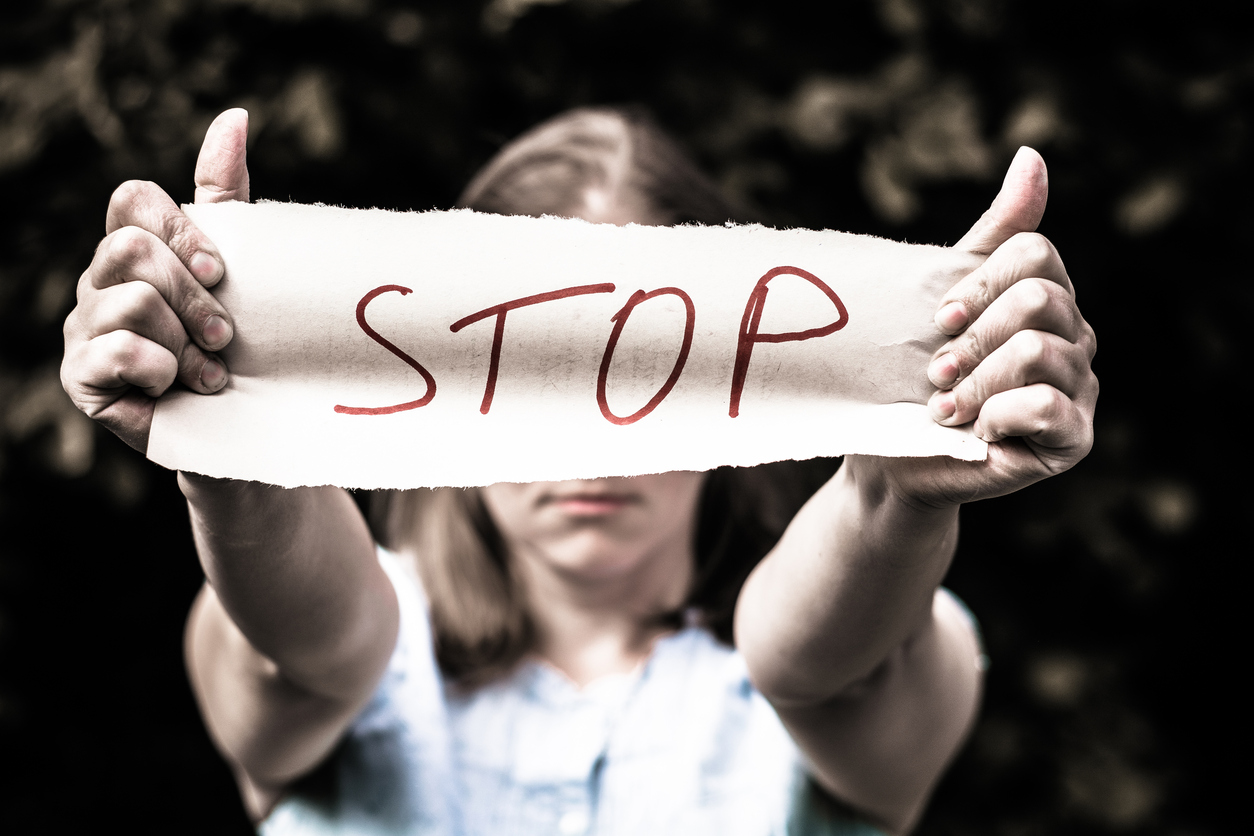 """Molto Il Parlamento Ue vuole """"tolleranza zero"""" per la violenza sulle  FM12"""