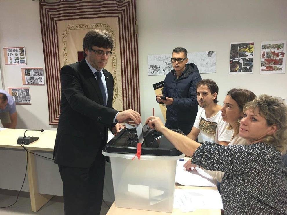 Catalogna: Puigdemont, sospendiamo indipendenza, occorre dialogo